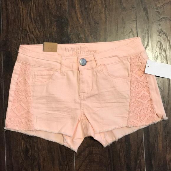 Pants - Woman's shorts size 25